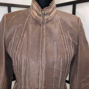 🌟🖤HOST PICK🖤🌟🆕Olde Hide House Detailed Jacket